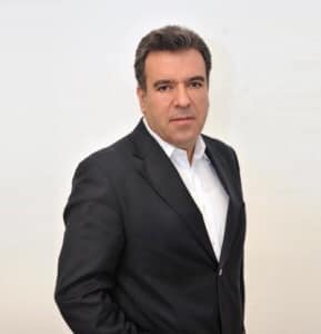 Ο κ. Μάνος Κόνσολας